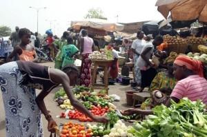 295039_le-marche-de-bamako-le-25-mars-2012