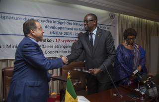 15-09-17-Signature UNDAF+ 2015-2019_09
